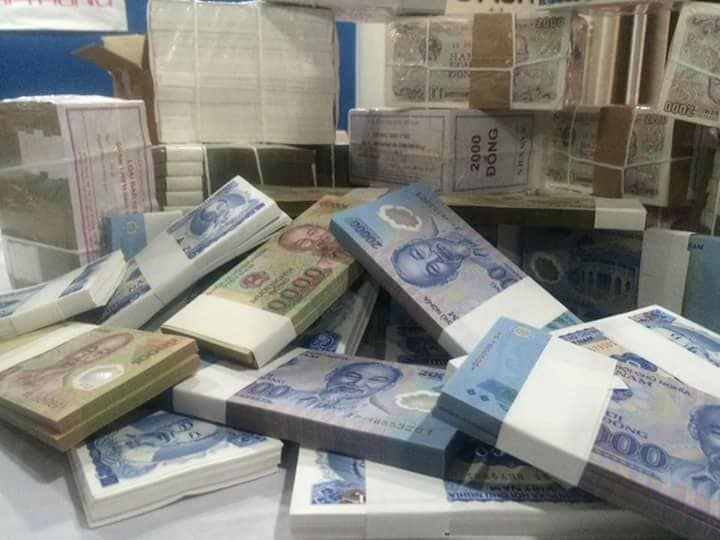 Cách đổi tiền mới ở ngân hàng Vietcombank nhanh nhất