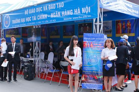 Đại học Tài chính – Ngân hàng Hà Nội là trường công lập hay dân lập?
